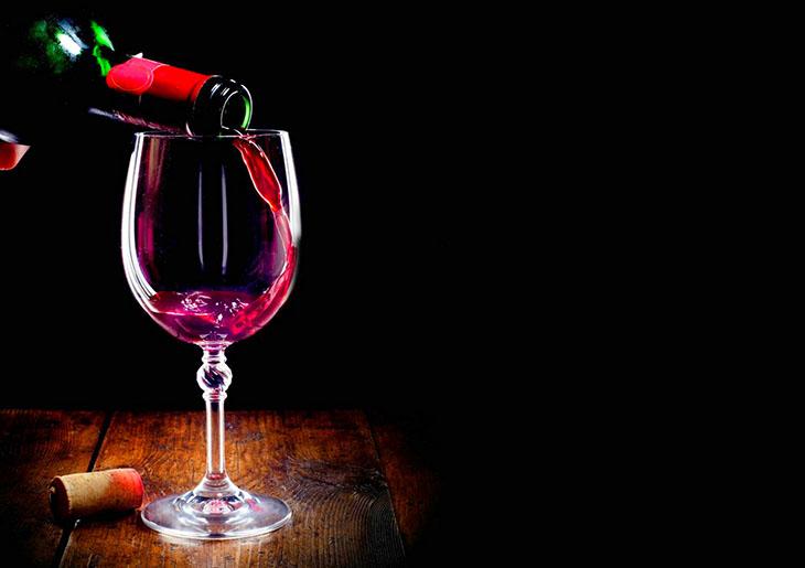Umerena konzumacija crnog vina nije toliko dobra za srce