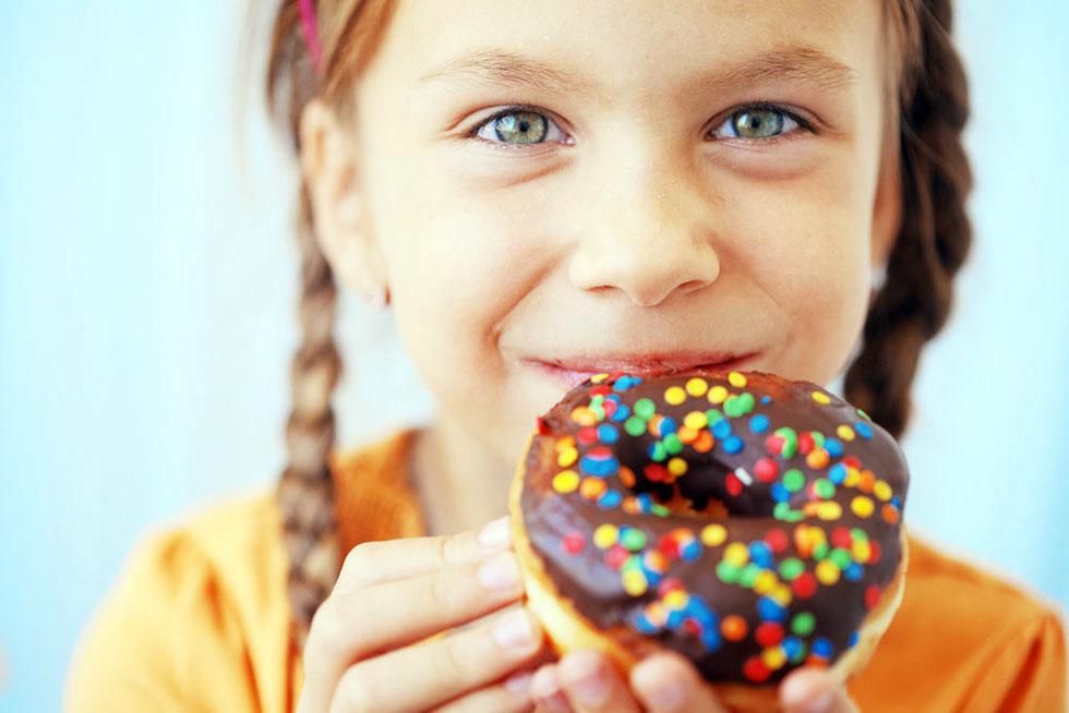 Smanjite unos slatkiša deci