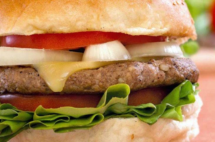 Zašto brza hrana goji?