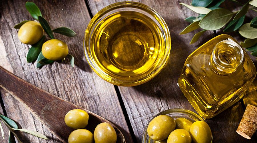 Da li zaista treba izbegavati peći ili pržiti namirnice na maslinovom ulju? Evo odgovora